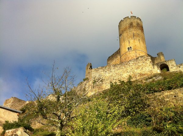 guided walking holiday in the south of france najac